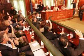 Votación a favor presupuestos 2012
