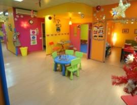 l.escuelas-infantiles-moonlighting_1308058835