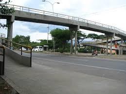 puente peatonal elevado